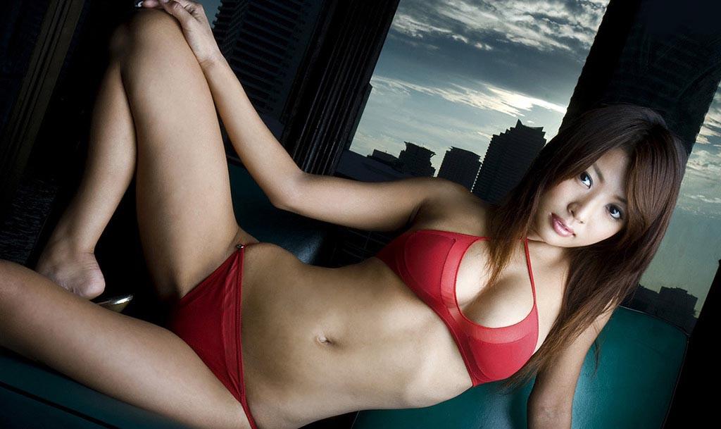kana tsugihara sexy nude photos 03