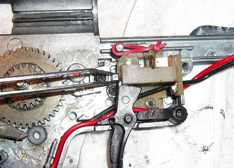 airsoft austria technician trigger post fix m4 fail nach 1x feuern. Black Bedroom Furniture Sets. Home Design Ideas