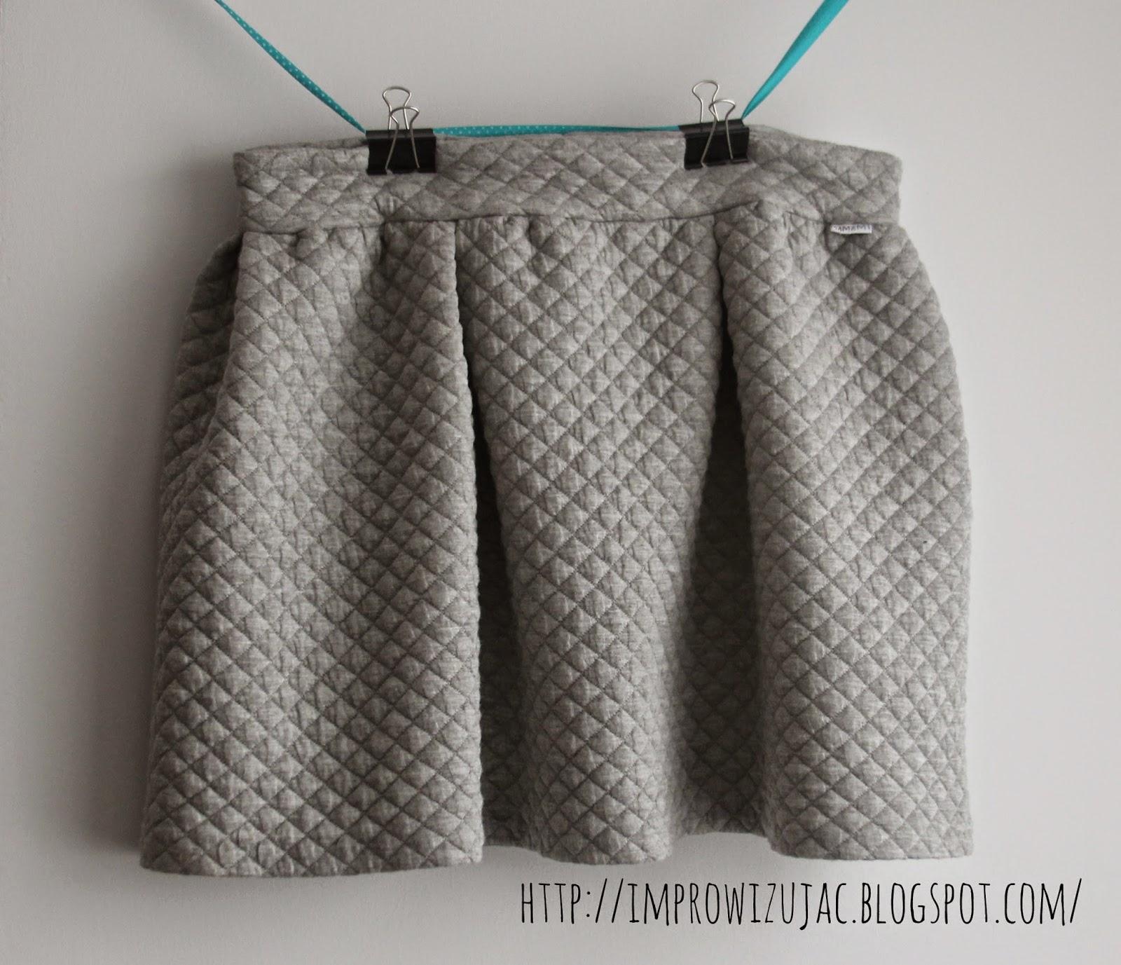 pikowana spódnica dresowa