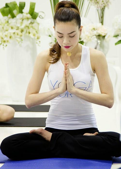 Giảm cân sau sinh với sữa đậu nành kết hợp tập Yoga