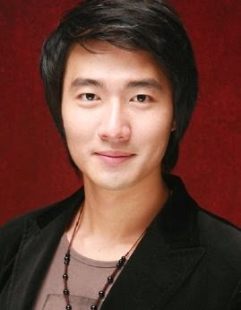 Foto Baek Gwang Doo