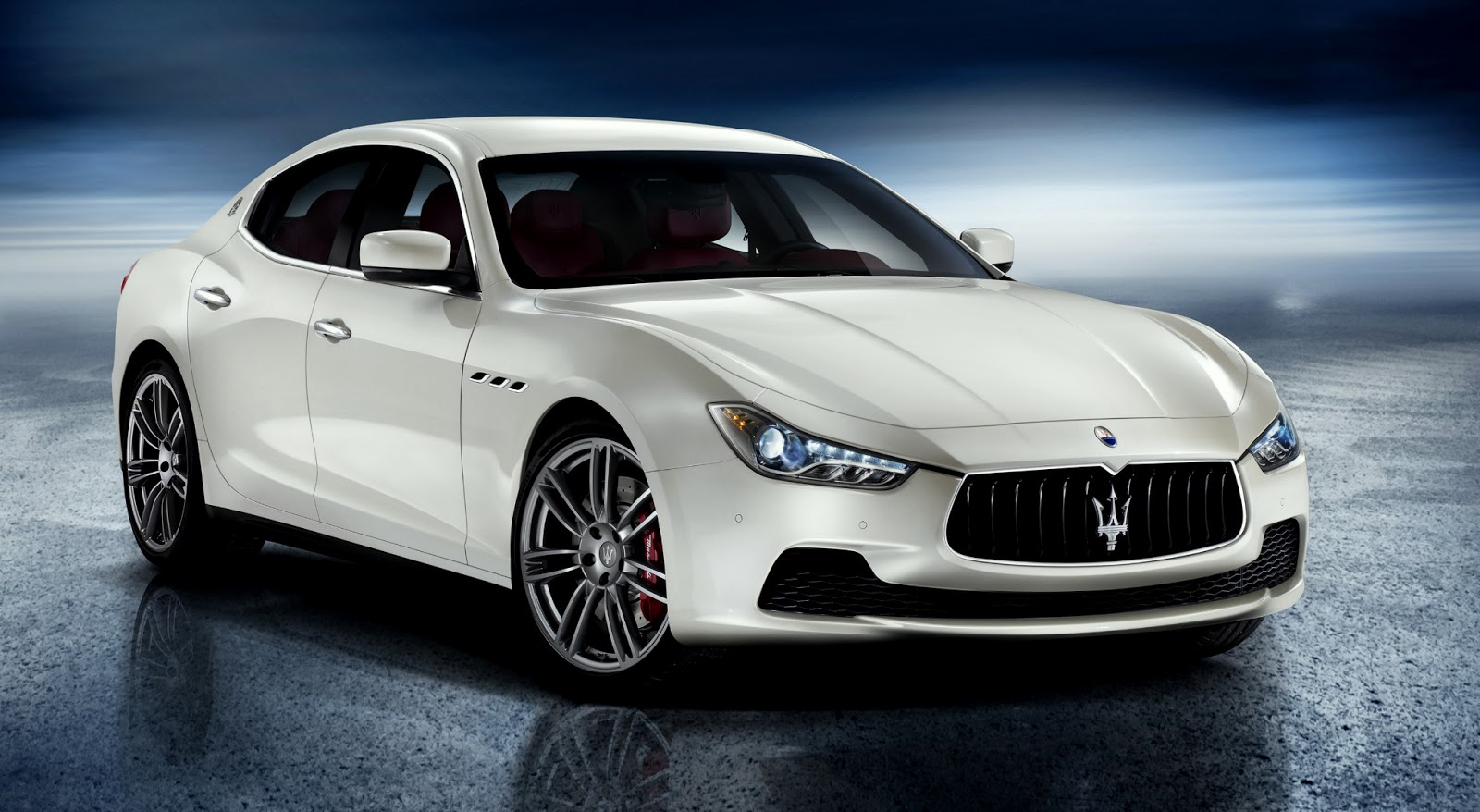 Uautoknow Net Maserati Brings Back The Ghibli As A Mid Size Four