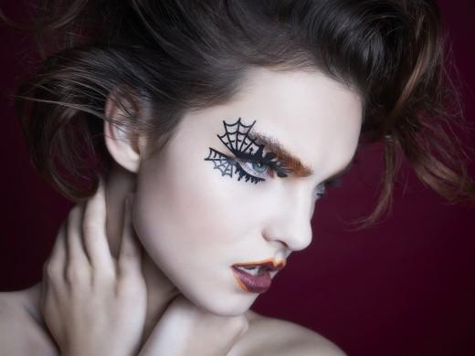 Stay Pretty on Halloween, Enhance the Eye Makeup | Eye Makeup