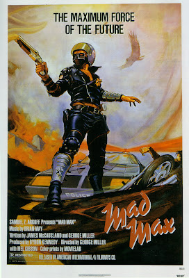 Mad Max, Mel Gibson, Max Rockatansky, George Miller, 1979, James McCausland, Joanne Samuel, Jessie, Hugh Keays-Byrne, Toecutter, Steve Bisley, Jim Goose, Tim Burns, Johnny the Boy, Australia, Australie, France, Festival, Avoriaz, Grand Prix, jury, censuré, classé X, 1980, 1982, Mad Max 2, le défi, The Road Warrior, Beyond Thunderdome, Tina Turner, Mad Max 4, Fury Road, Tom Hardy, Charlize Theron, Imperator Furiosa, Nicholas Hoult, culte, road-movie, test, avis, critique, trailer, pics, geek me hard, geekmehard