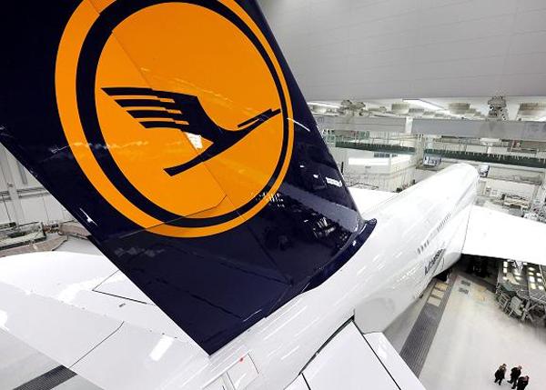 El personal de cabina de Lufthansa suspende la huelga pautada para esta semana