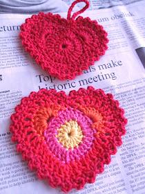 Fargerikt heklet hjerte... :O)