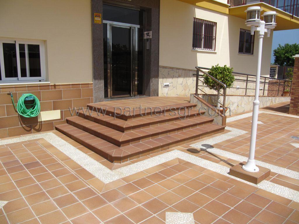 Terra antiqva 976 46 30 90 gres y cer mica para for Ceramica para fachadas exteriores