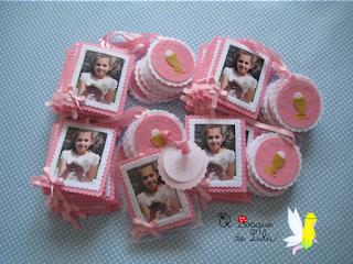 marcapáginas-comunión-con-foto-regalitos-para-invitados-hecho-a-mano-primera-comunión-en-fieltro