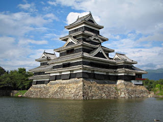 matsumoto castle, the crow castle, japan, indah is beauty, amriholiday, historical building, Beautiful Holiday Destinations