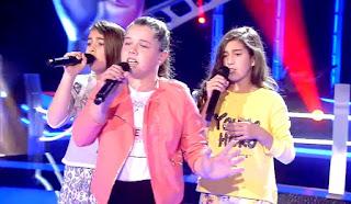 Aisha, Elisha y María cantan Nothing Else Matters batallas