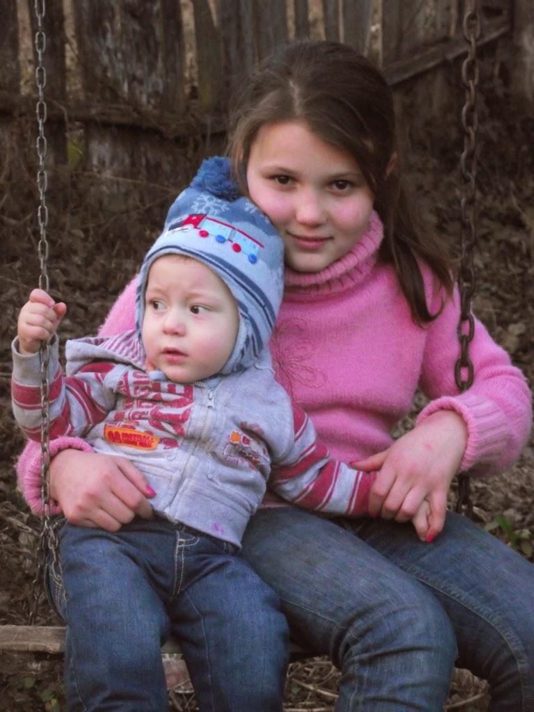 Gyurka Krisztina öccsével