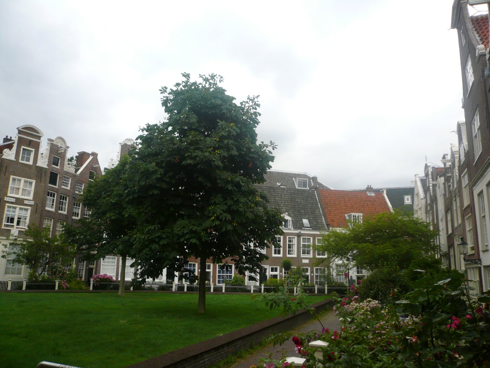 gratis hofjeswandeling amsterdam