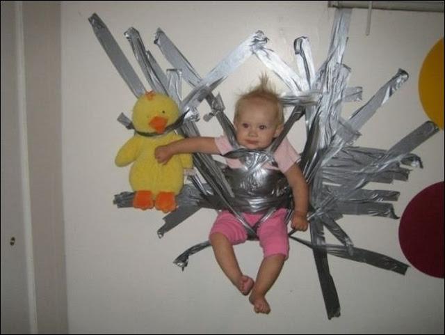 parenting fails, 20 worst parents, 20 worst parenting fails, bad parents, stupid parents, parent doing it wrong
