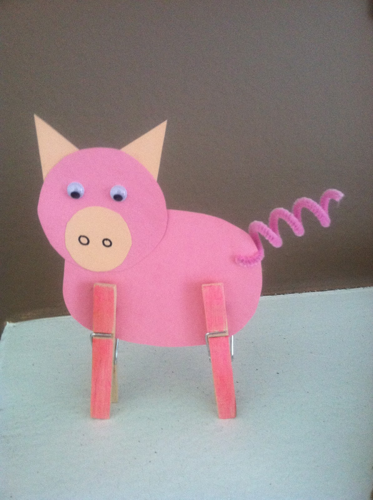 Serendipitous discovery mrs blair 39 s pig pen for Crafts for little kids