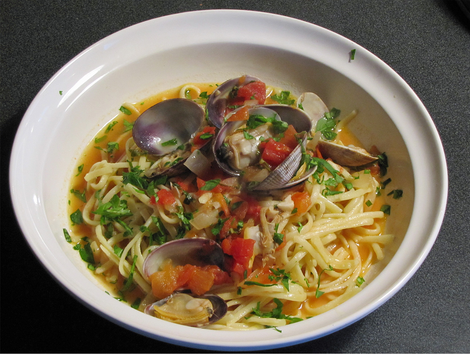 A Spoonful of Thyme: Linguine with Clam Sauce