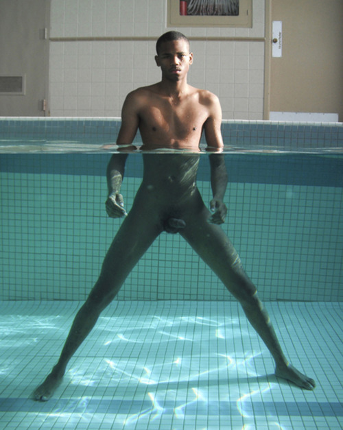 Grace jones naked pictures