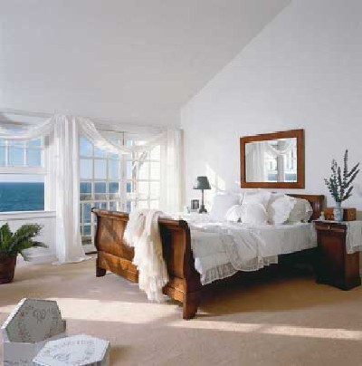 Bedroom on Furnitures Fashion  Small Bedroom Ideas 2011