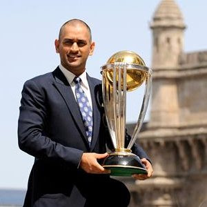 What a Shock : Dhoni retires from Test cricket