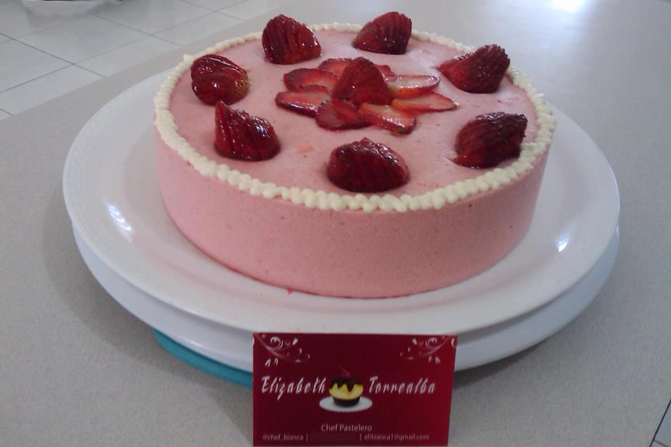 Cocinando na quinta Noenlle: Tarta vintage de fresas