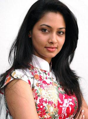 http://1.bp.blogspot.com/-QGfhQIA3oTk/Tg1gnWdbwoI/AAAAAAAAB8k/ouYj7bj6djw/s1600/actress-pooja-umashankar-latest-stills-11.jpg