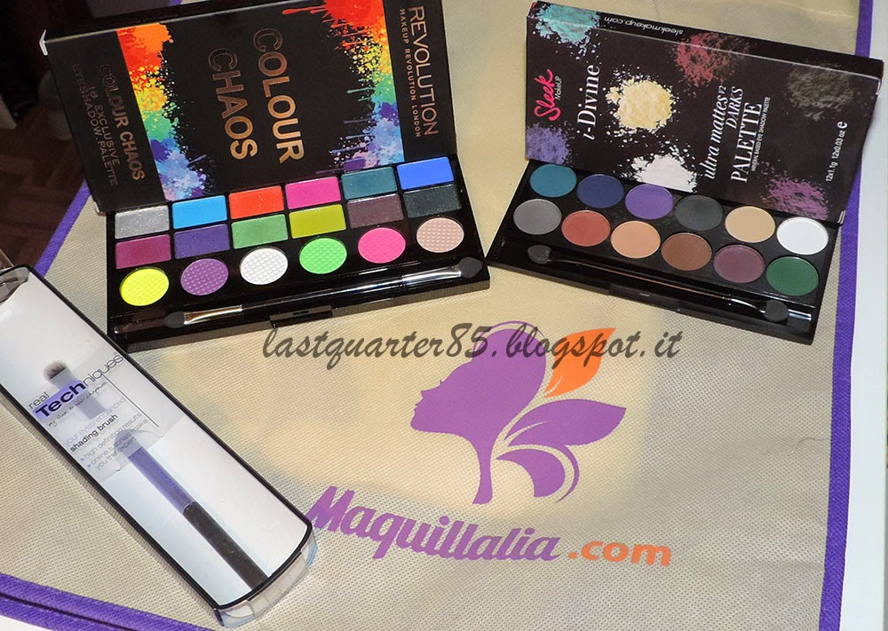 Haul Maquillalia: Makeup Revolution Colour Chaos, Sleek V2 Darks e Real Techniques Shading Brush.