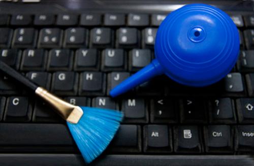 Cách vệ sinh bàn phím