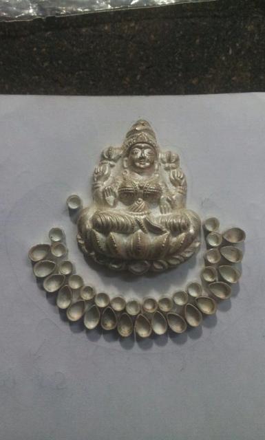 silvershloka: Deepika Padukone's Ramleela inspired earrings!