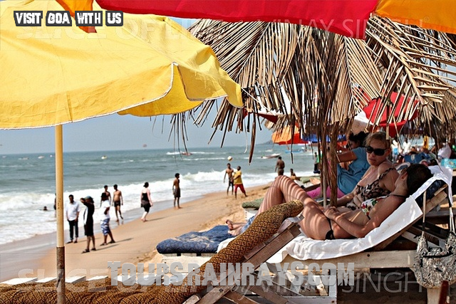 Calangute Beach Tourist Goa India. India Tour Packages, Holiday Packages India, Best Travel Packages