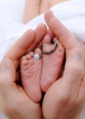 mama y papa y su amor fotografias pies de bebes