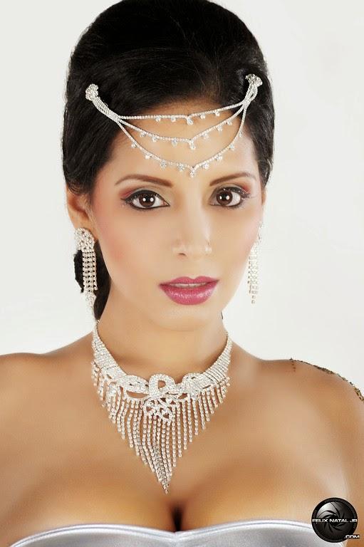 Tehmeena Afzal Nude Photos 31