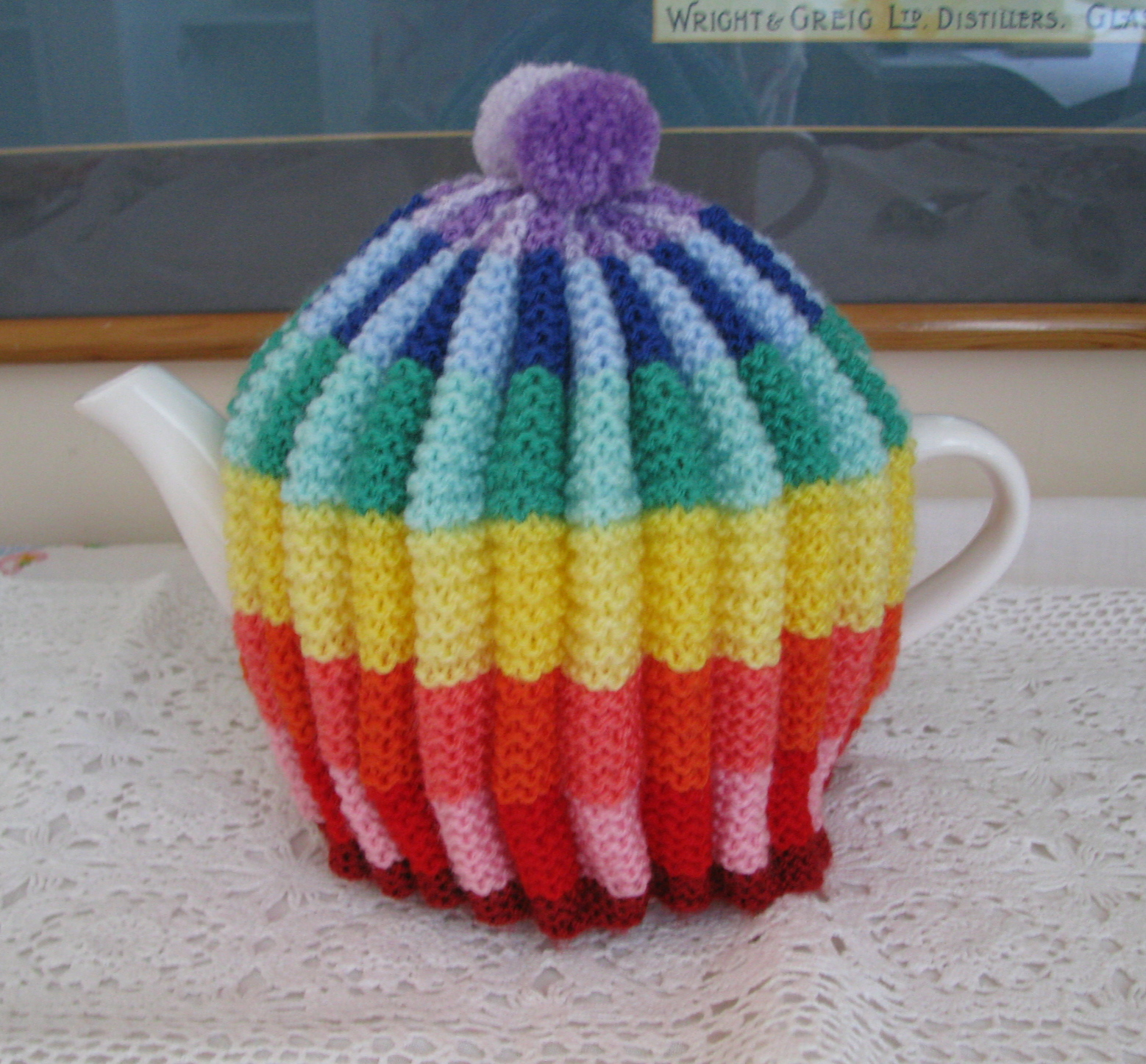 Shortbread & Ginger: Rainbow Knitted Tea Cosy