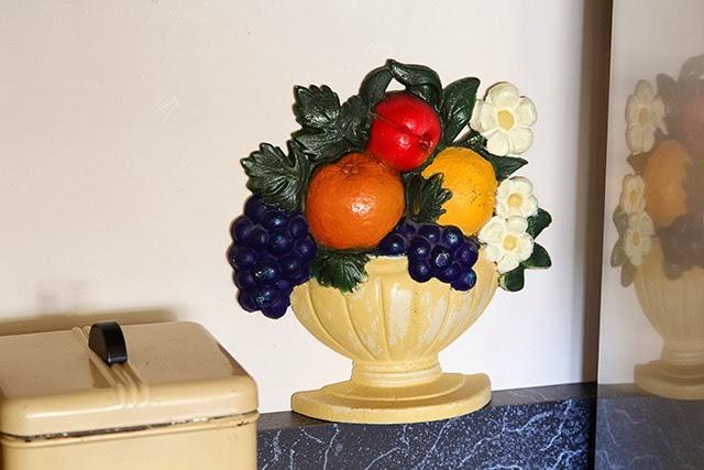 Vintage eclectic kitchen tour @ houseofhawthornes.com