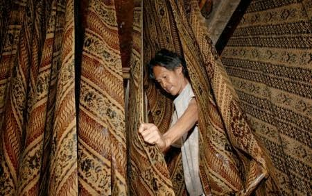 Pengrajin Batik Pekalongan