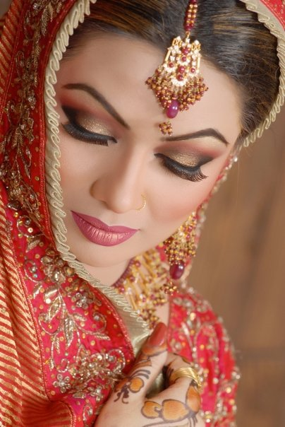 New Bridal Makeup Collection 2011-12 Bridal Collection ...