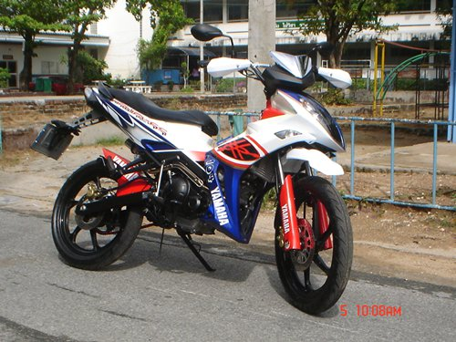 Modifikasi Jupiter Mx Hitam 2012