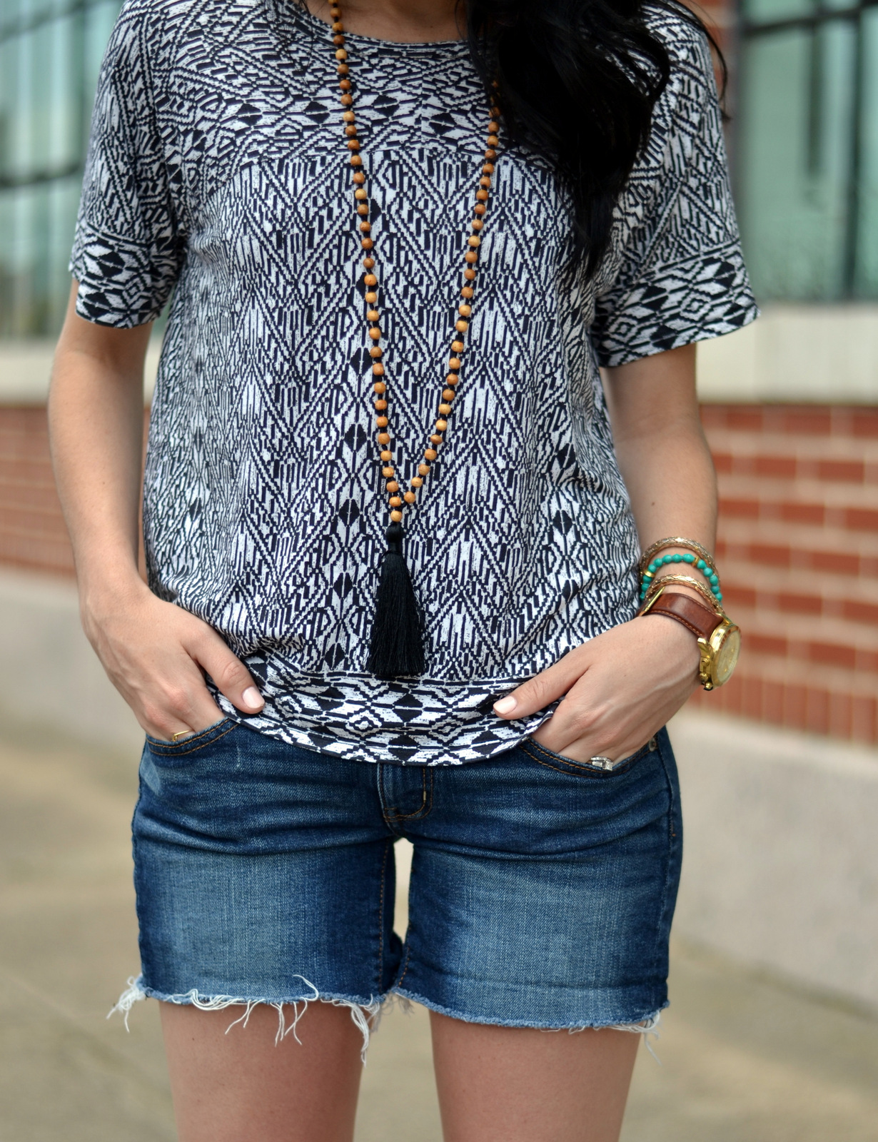 Patterned aztec tee and tassel necklace