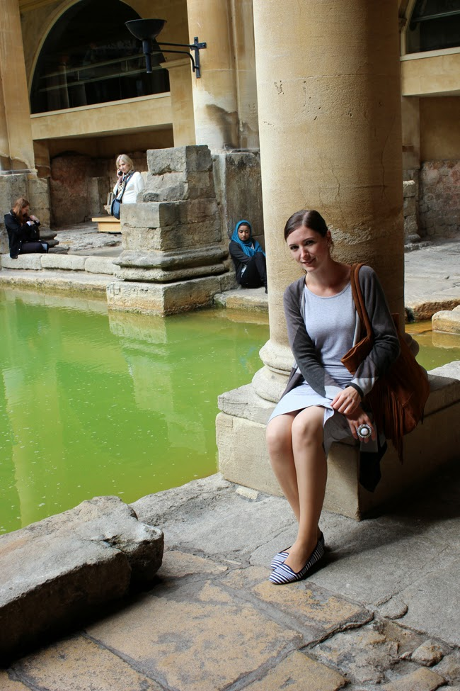 resting, roman baths, city of bath, bath, awesome time