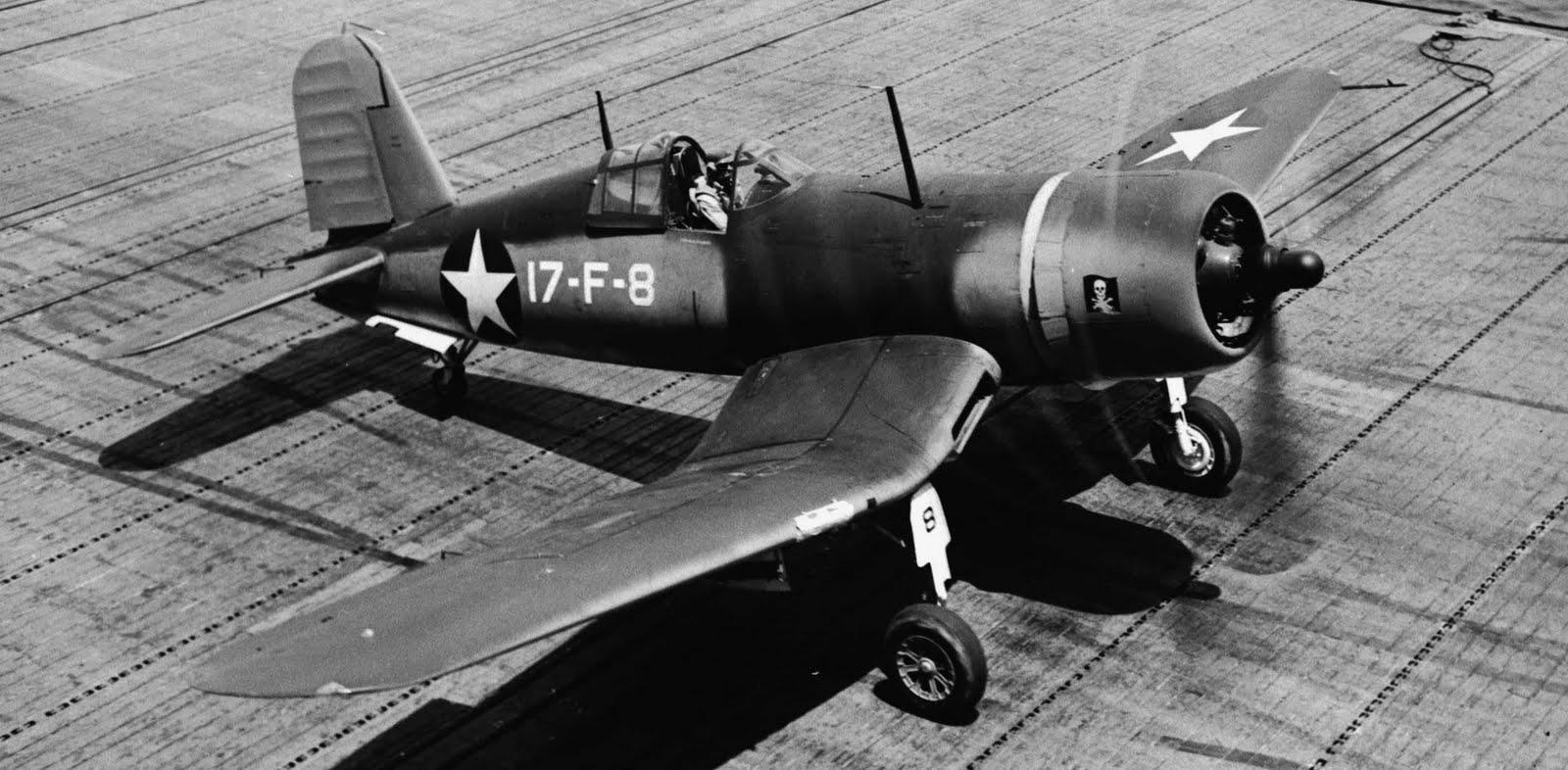F4U-1+%25238+VF-17+USS+Bunjer+Hill+July+
