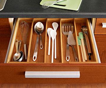 Ginnie 39 s gems simple kitchen utensil storage for Creative silverware storage