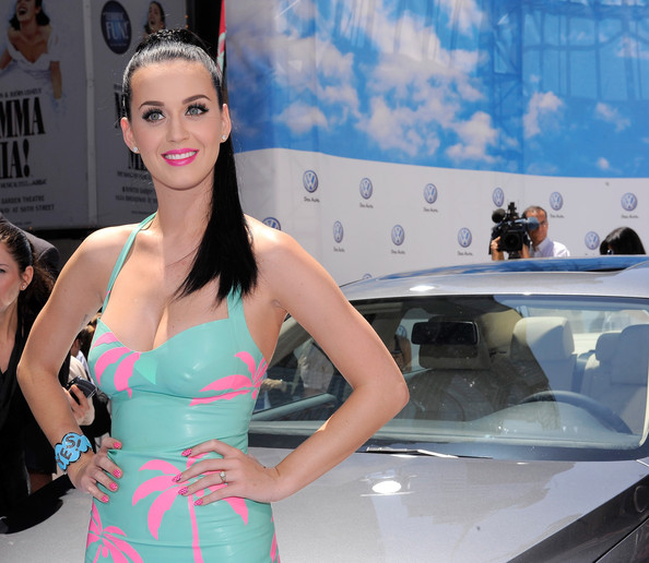 Katy Perry Hairstyles, Long Hairstyle 2011, Hairstyle 2011, New Long Hairstyle 2011, Celebrity Long Hairstyles 2154