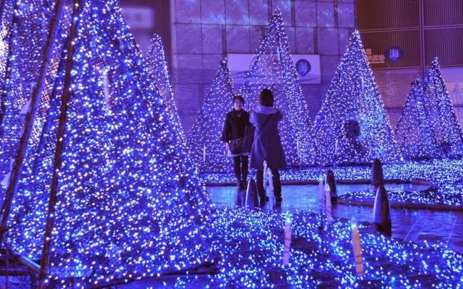 Праздничная иллюминация в Токио