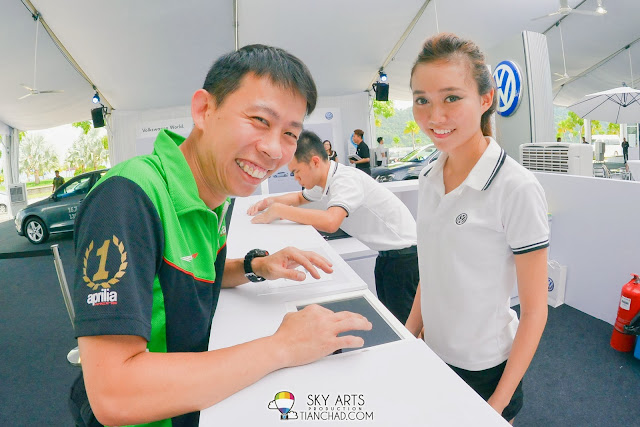Met KY during the registration for 'Volkswagen On Tour' @ Queensbay Mall, Penang.  What a coincidence!!