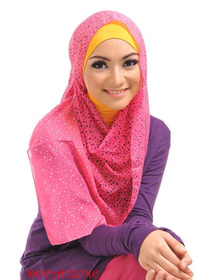 Cara Memakai Jilbab ala Seleb Hijabers