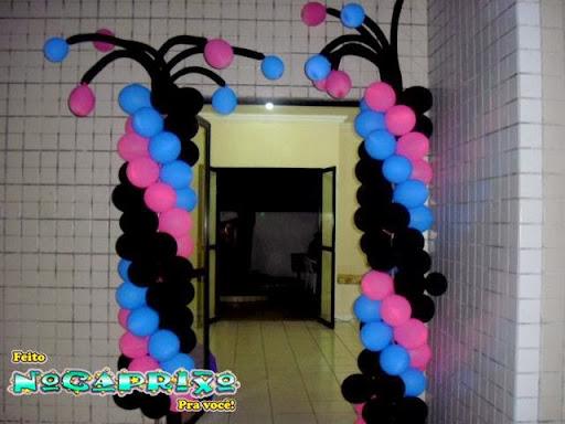 Decoração de Balões - Entrada Festa Monster High