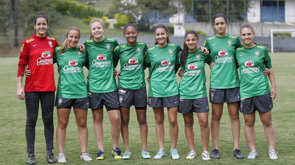 a101c18866 Seleção Brasileira Feminina Sub-17 treina no Rio de Janeiro - Grêmio ...