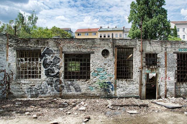 Baustelle Kurz vor dem Abriss, Dennewitzstraße 38, 10785 Berlin, 04.06.2014