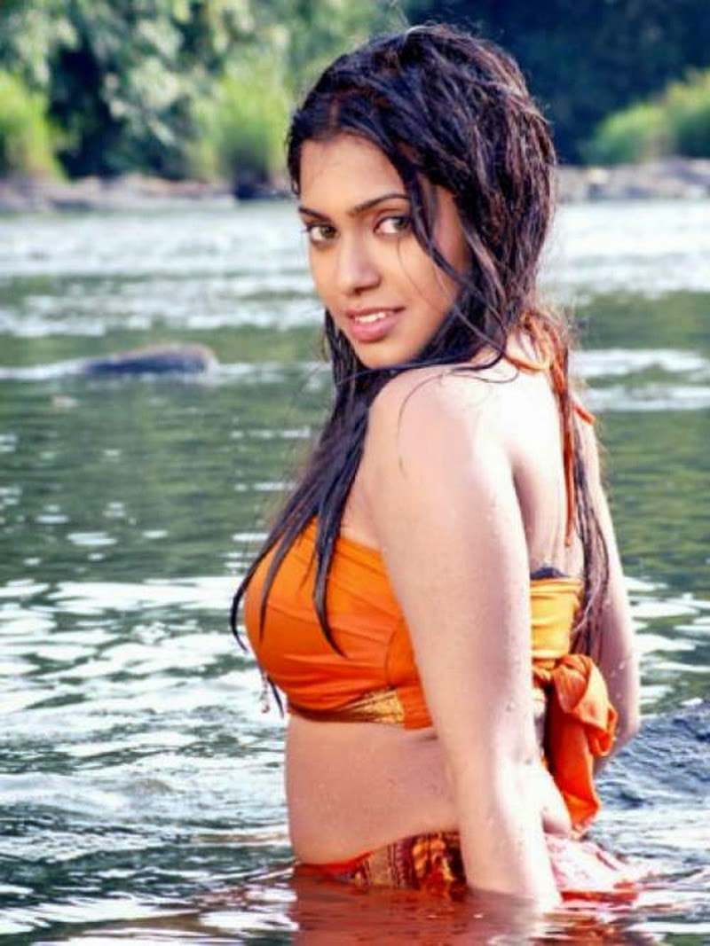 Actress Aunty without saree sexy photos download - Wallpapers Free
