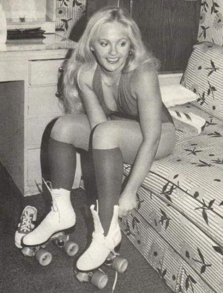 Lisa Hartman desnuda Imgenes, vdeos y grabaciones