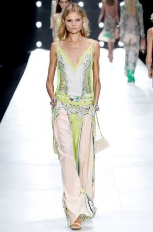 Roberto-Cavalli-Collection-Spring-2013-6