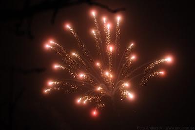 fyrverkeri, fyrverkerier, fireworks, happy new year, gott nytt år, red, pink, foto anders n